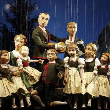 Sound of Music in the MARIONETTE THEATRE © Marionette Theatre Salzburg