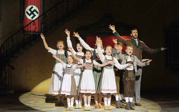 Singing Trapp family - Sound of Music Musical